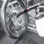 Intensive Cockpit Pflege mit Caramba